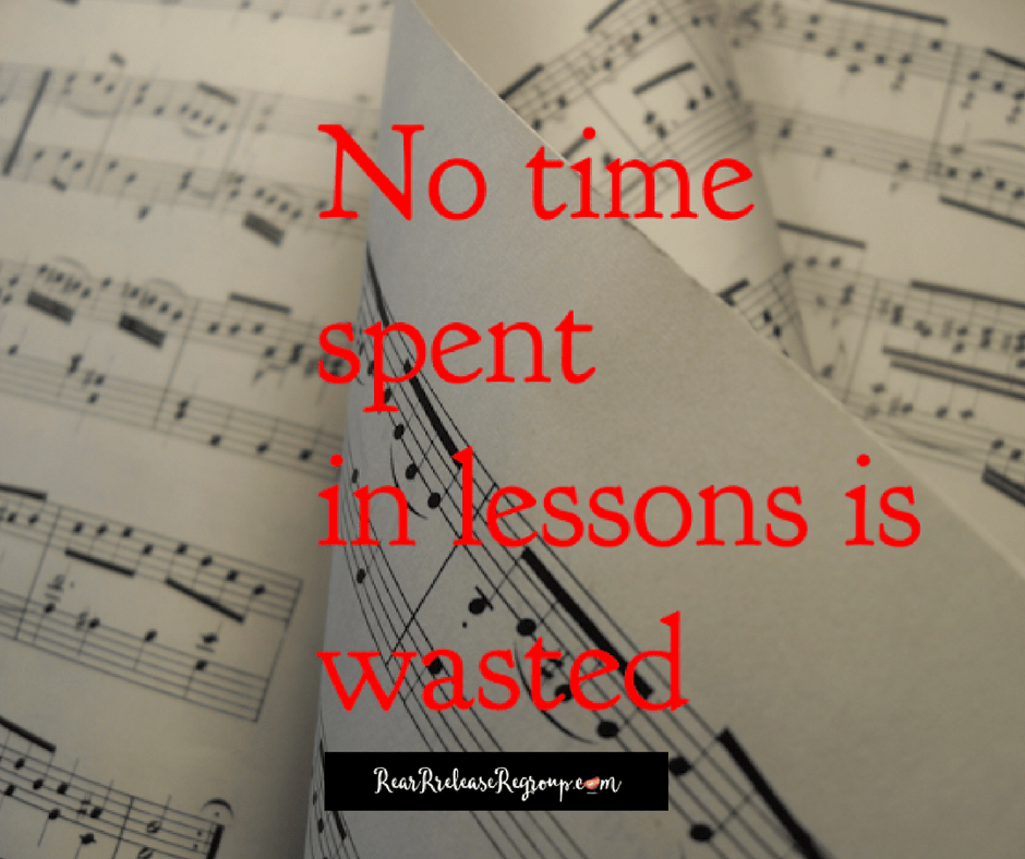 5 reasons you should let your child quit piano lessons. A piano teacher mom's advice on letting go keyboard learning in the beginning or middle stages.